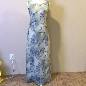 Ronni Nicole maxi dress